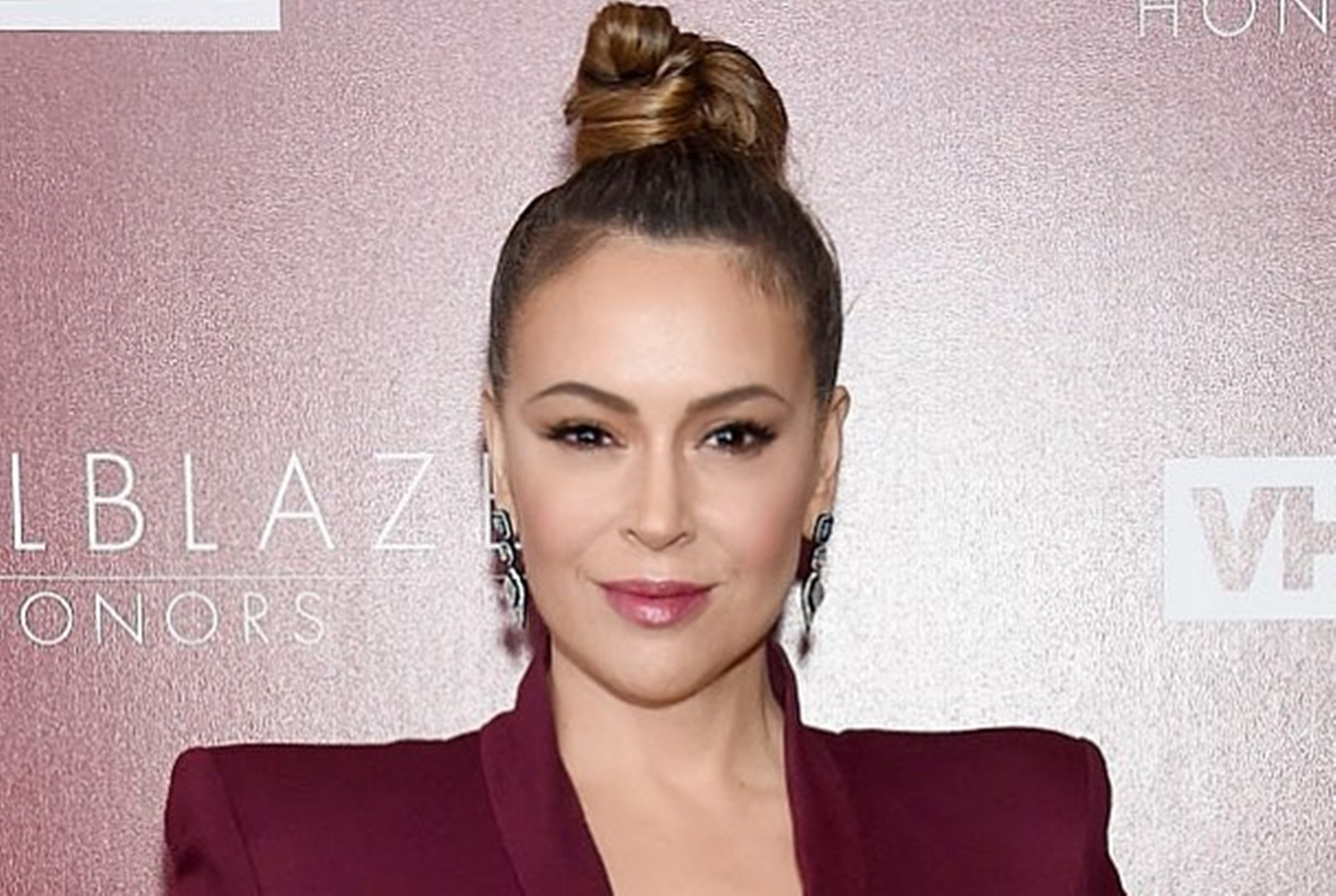 alyssa-milano-gets-mixed-responses-for-sex-strike-idea-after-controversial-abortion-law-was-signed-in-georgia-some-men-support-the-whos-the-boss-actress