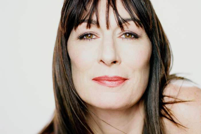 Anjelica Huston Refuses To Back Down Following Controversial Critique Of De Niro And Diane Keaton