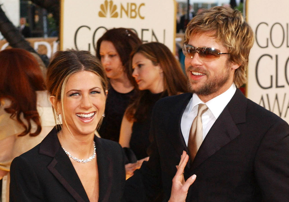 """jennifer-aniston-describes-her-dream-man-as-brad-pitt-doesnt-exactly-shoot-down-romance-rumors"""