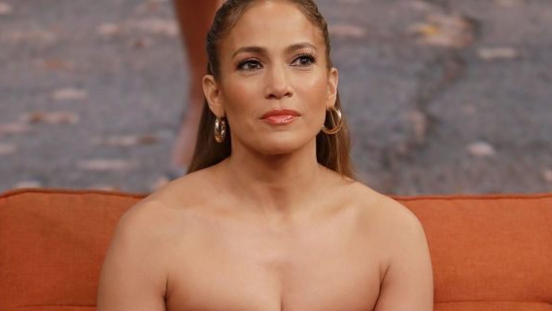 jennifer-lopez-did-she-just-give-fans-a-preview-of-her-wedding-dress