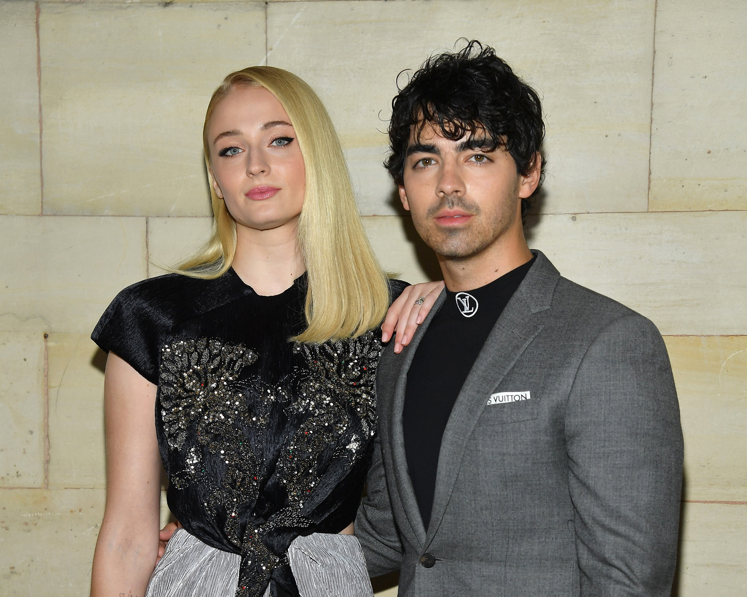 joe-jonas-and-sophie-turner-marry-in-las-vegas-following-billboard-awards