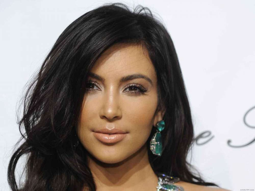 kim-kardashian-files-lawsuit-against-clothing-company-for-stealing-her-persona