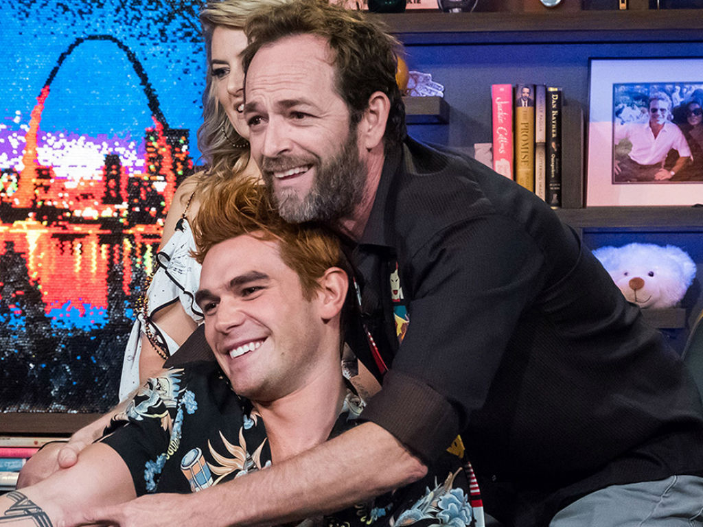 kj-apa-reveals-life-lessons-he-learned-from-riverdale-dad-luke-perry