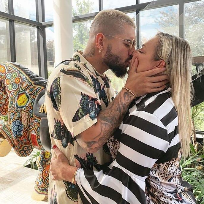 Maluma Marlli Arias Mother's Day Kiss Drama