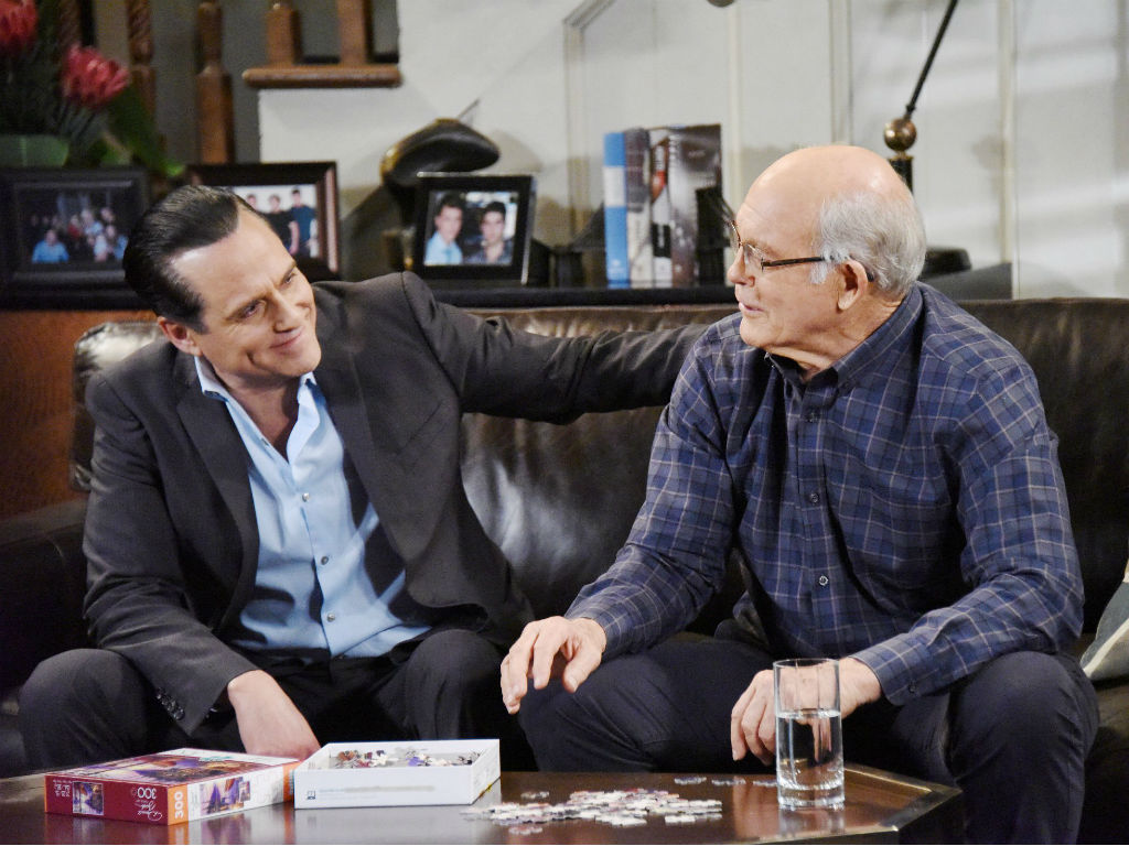 general-hospital-stars-max-gail-and-maurice-benard-win-daytime-emmy-awards-for-work-on-alzheimers-storyline