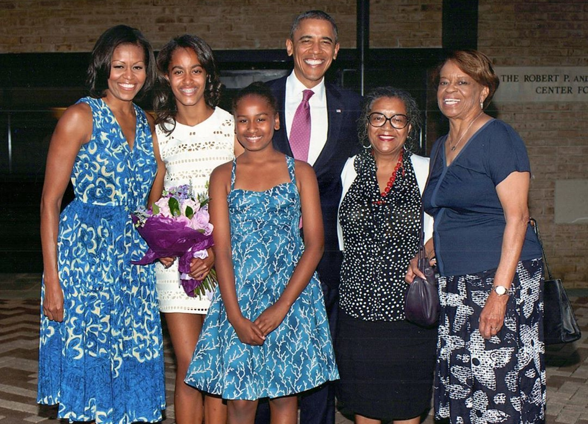 michelle-obama-shares-mothers-day-picture-with-daughters-malia-and-sasha