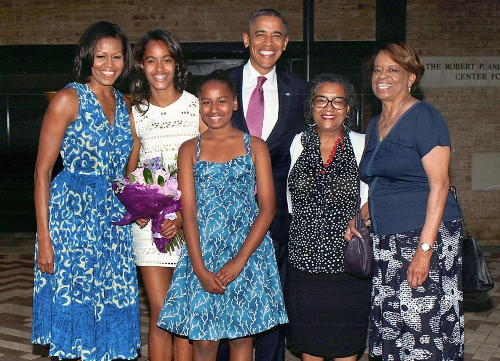 Michelle Malia Sasha Barack Obama Marian Robinson