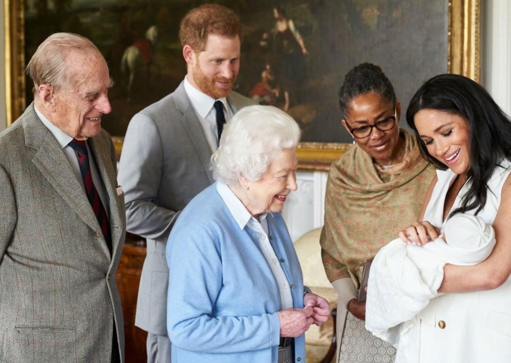 """queen-elizabeth-ii-gushes-over-royal-baby-master-archie-harrison-mountbatten-windsor"""