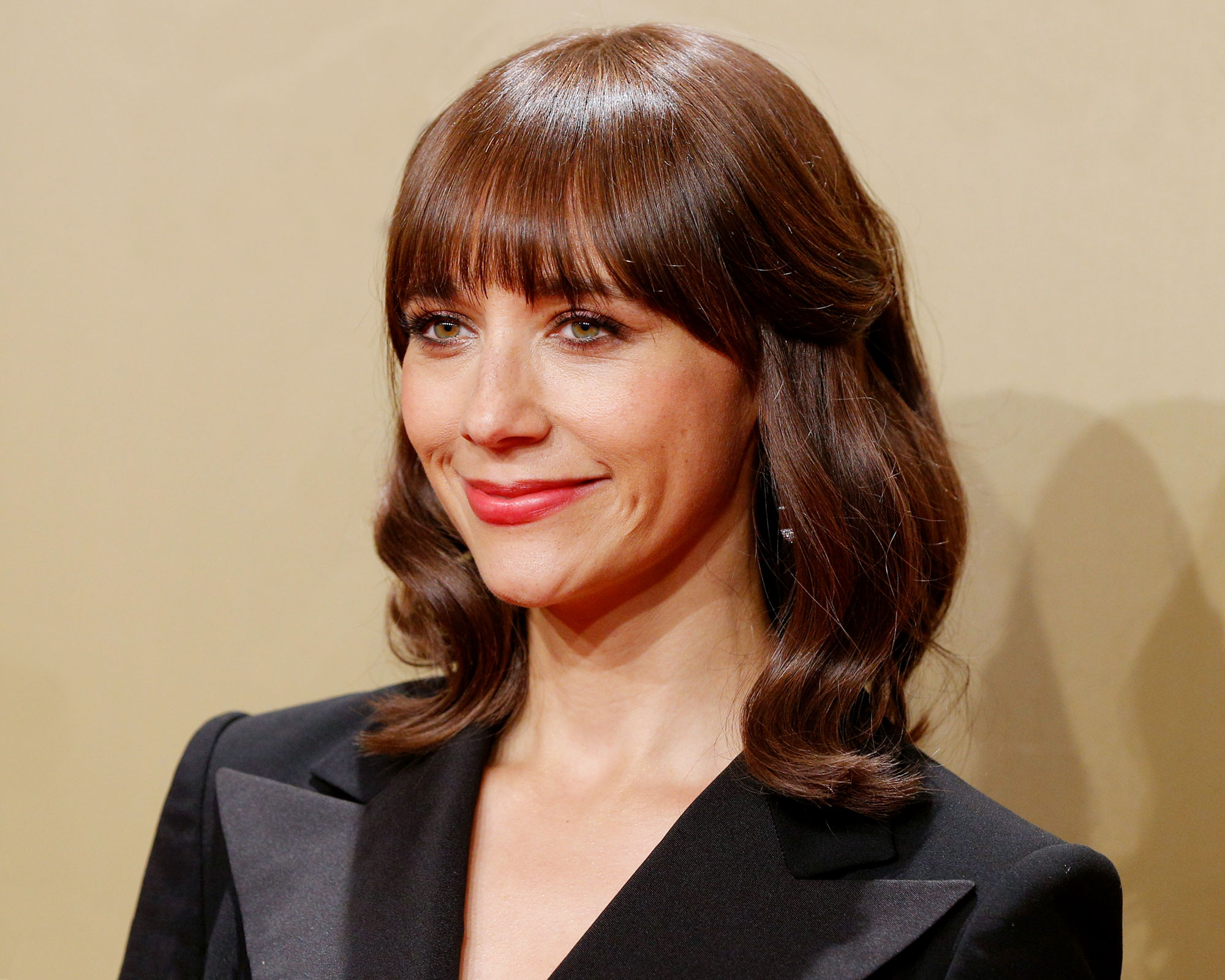 rashida-jones-reveals-she-nearly-quit-working-in-the-entertainment-business-heres-why