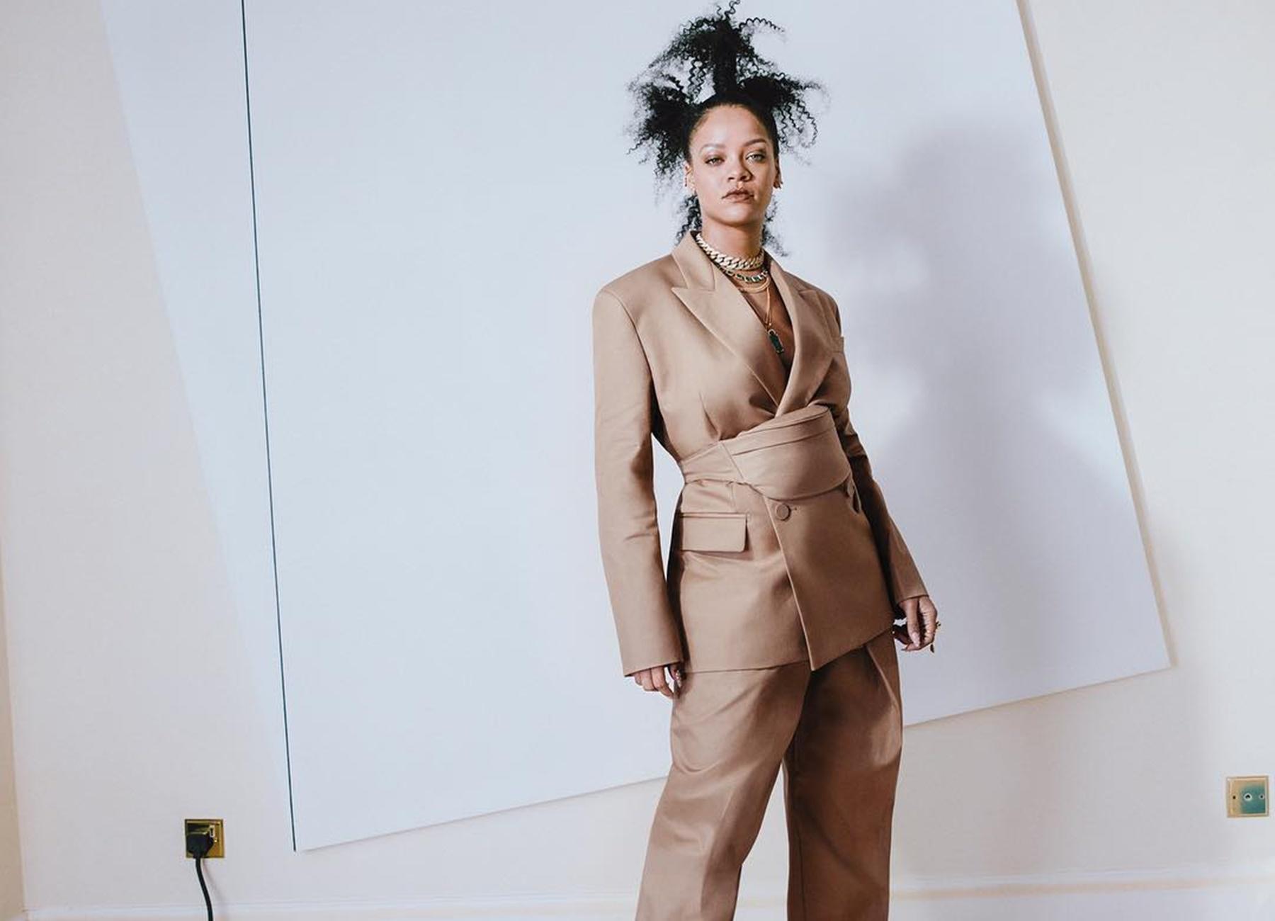 Rihanna London Move New Music Fashion