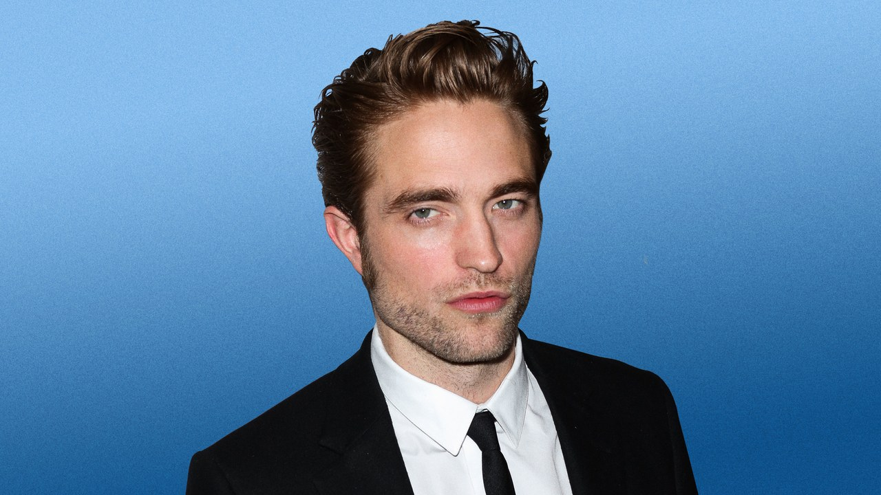 """robert-pattinson-reportedly-the-top-choice-to-play-batman-in-the-upcoming-movie"""