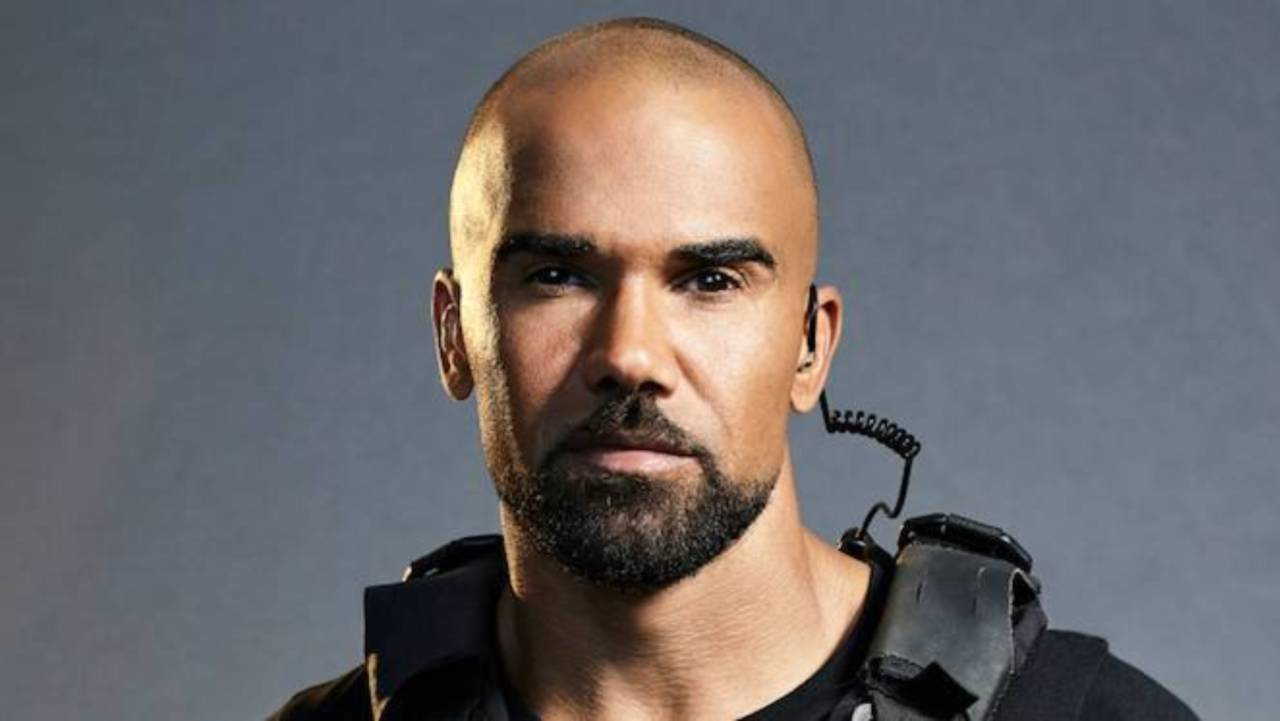 shemar-moore-serves-nsfw-clapback-at-fan-who-accused-him-of-being-gay-leaves-fans-shocked