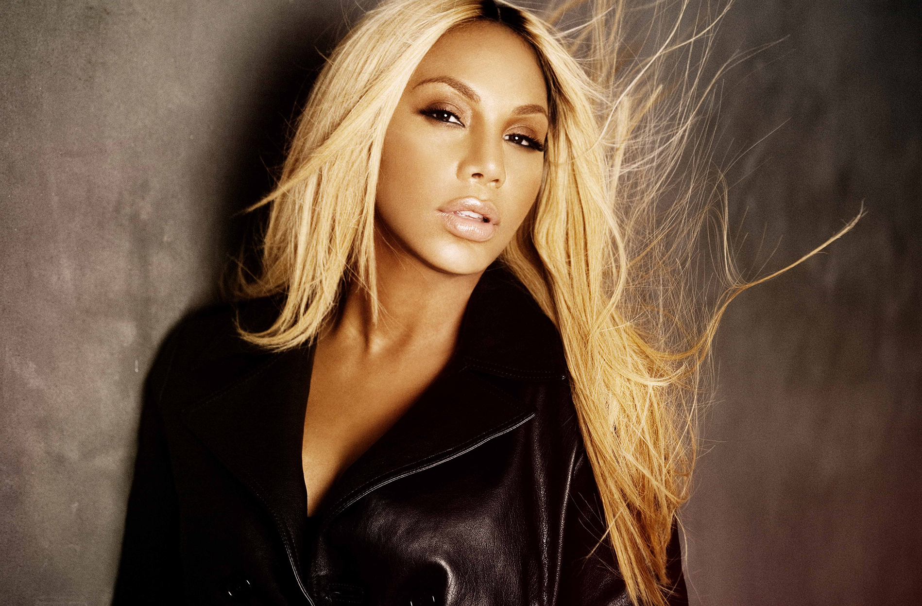 tamar-braxton-flaunts-her-jaw-dropping-look-for-kandi-burruss-welcome-to-the-dungeon
