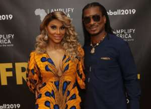 Tamar Braxton And Her BF Pack On The PDA In A Hot Video - She's Showing Off Her Amazing Beach Body And David Gets Flirty In The Comments