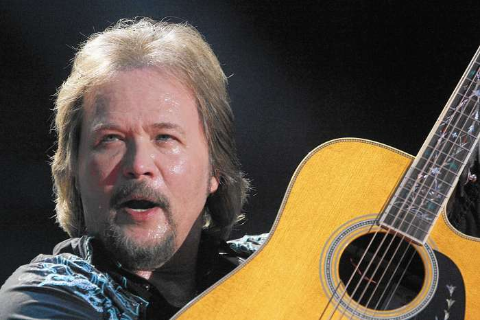 Travis Tritt Is Horrified And Saddened By News Of His Fatal Tour Bus Crash