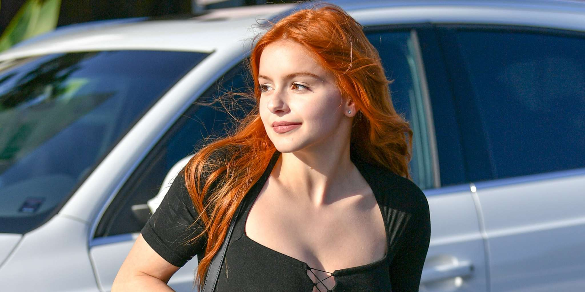 ariel-winter-claps-back-at-hater-accusing-her-of-getting-many-plastic-surgeries