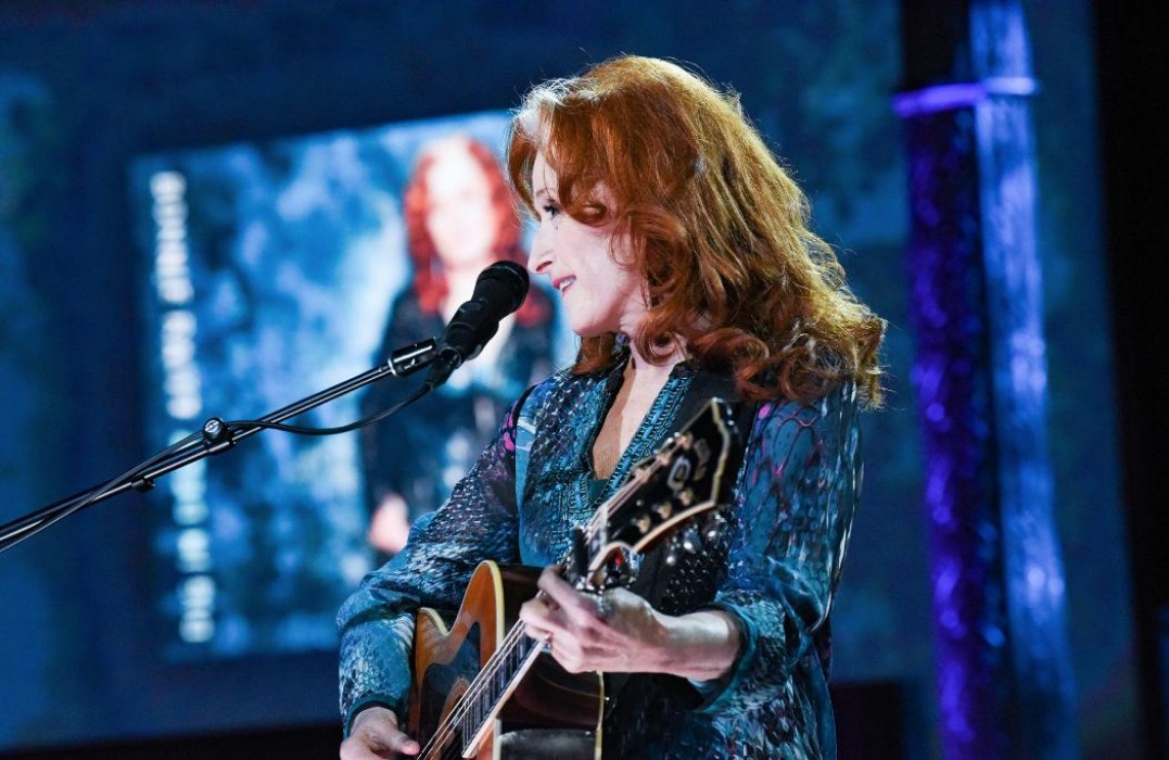 bonnie-raitt-joins-stephen-colbert-and-gives-special-performance-of-angel-from-montgomery-watch-video