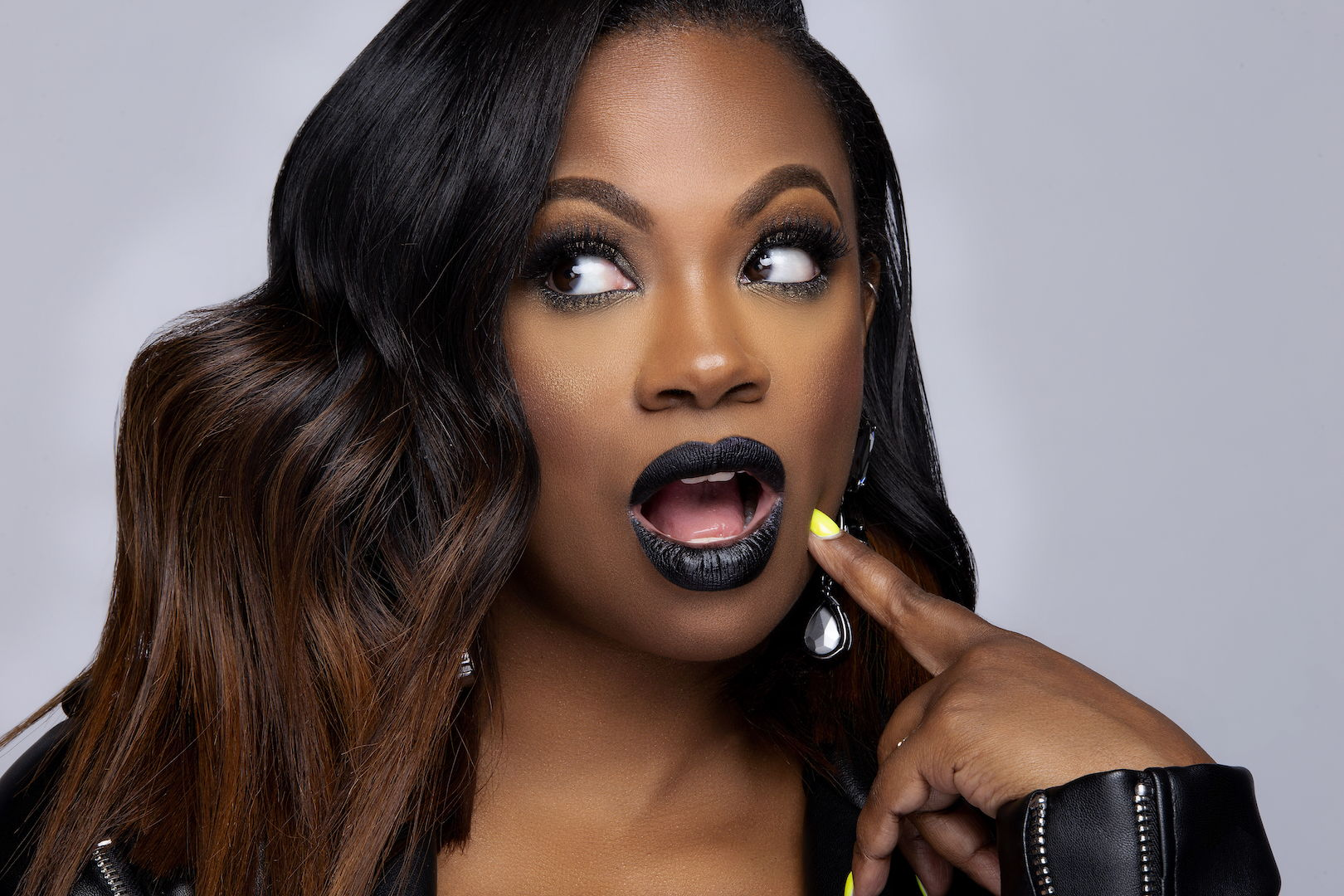 """""""kandi-burruss-fans-say-shes-lifting-women-with-the-help-of-her-latest-show-welcome-to-the-dungeon-tammy-rivera-is-the-latest-guest-star"""""""
