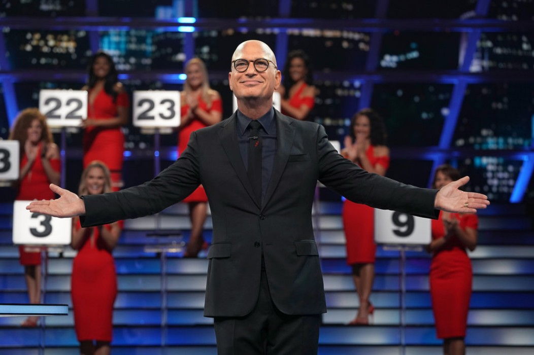 """howie-mandel-returns-with-deal-or-no-deal-and-theres-a-100000-sweepstakes"""