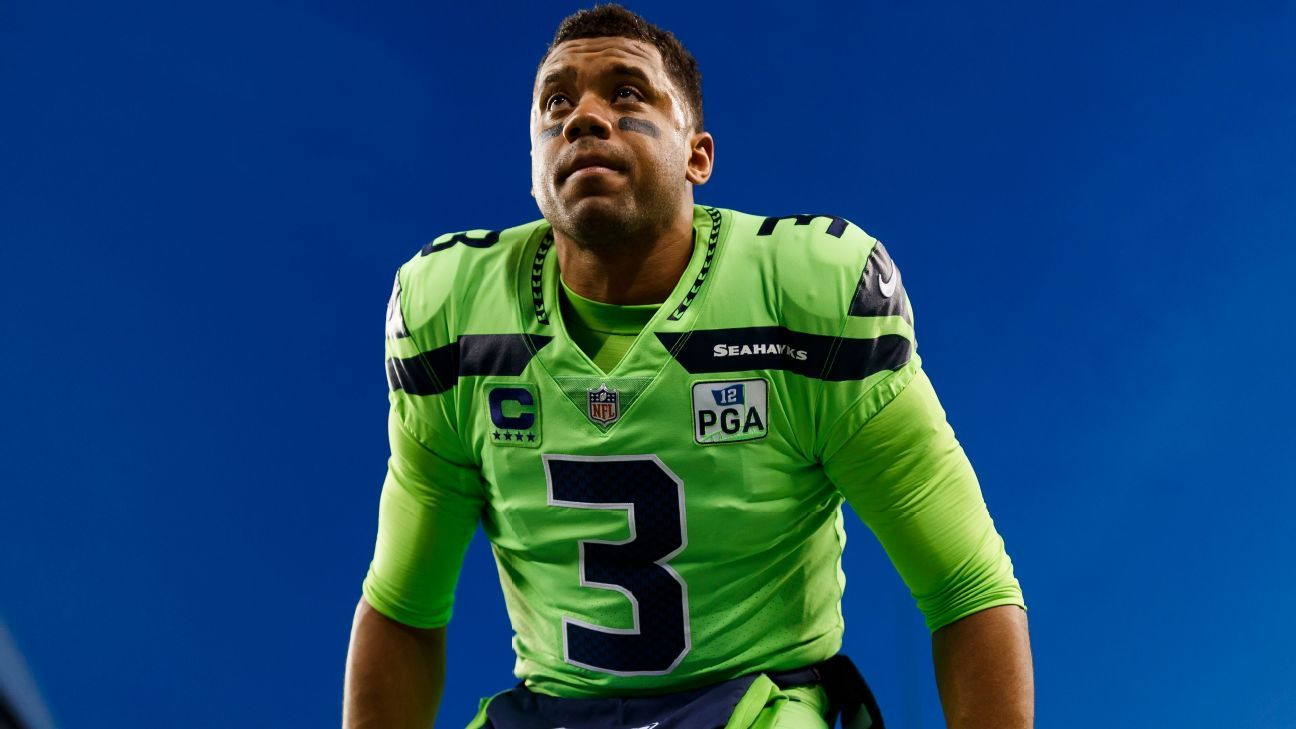Russell Wilson Gifts His Mom A New Home For Mother's Day - Here's The Emotional Video