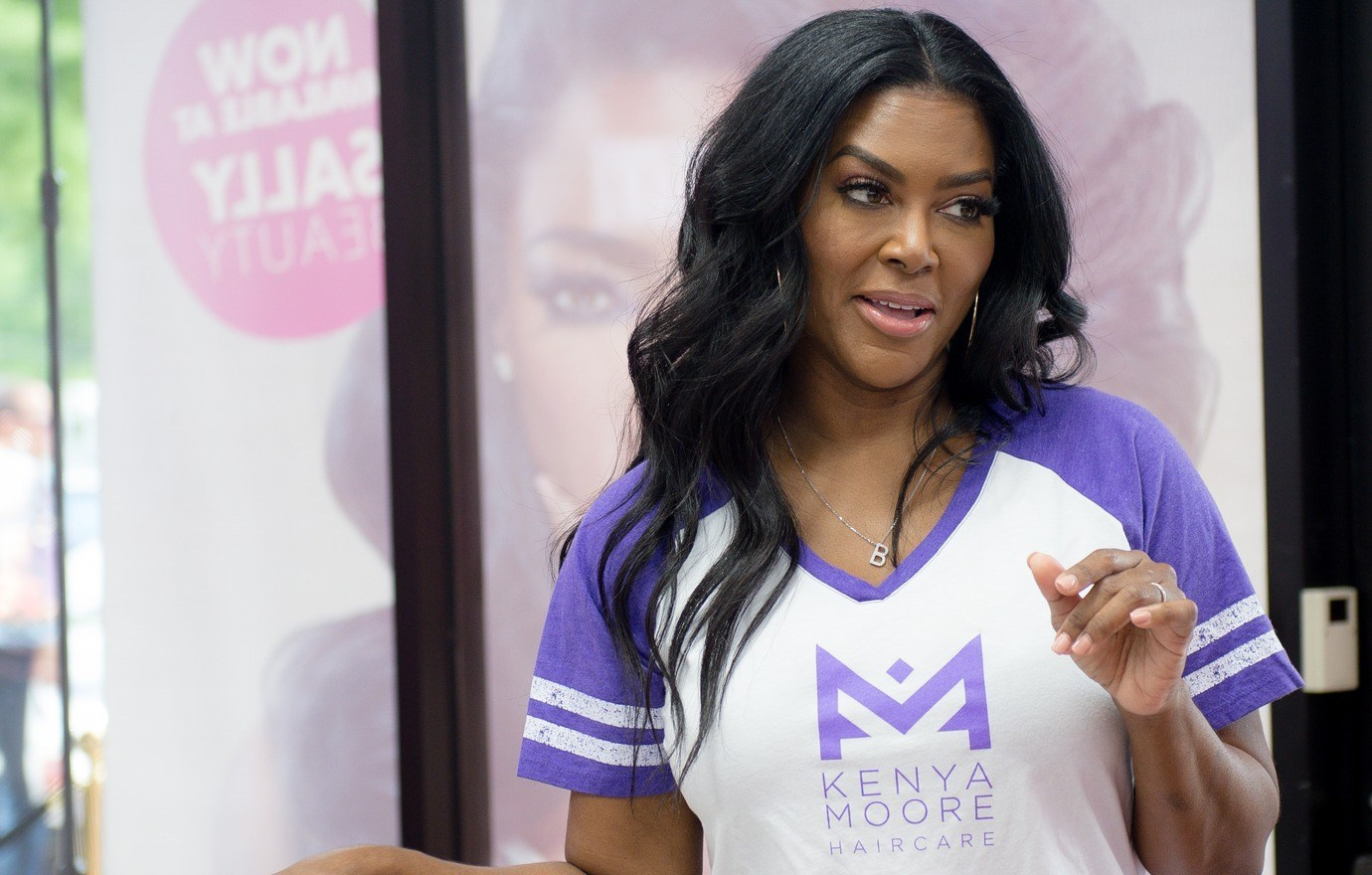 Kenya Moore's Fans Suggest Her To Create A Skincare Line After The Success Of Her Hair Products