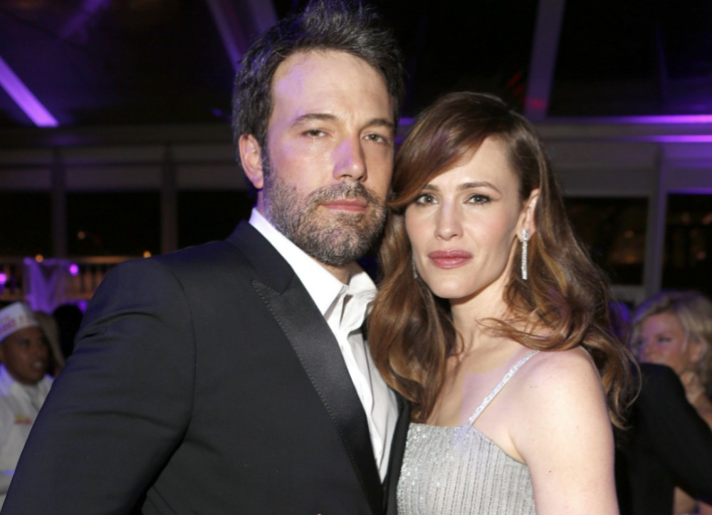 ben-affleck-gives-special-mothers-day-shout-out-to-jennifer-garner