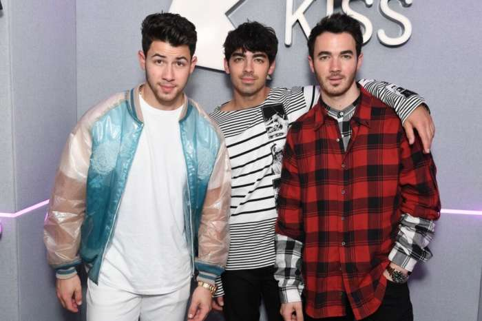 Nick Jonas Reveals That When He Suggested The Boyband Should Split In 2013 He Was Scared His Brothers Would Never Talk To Him Again!