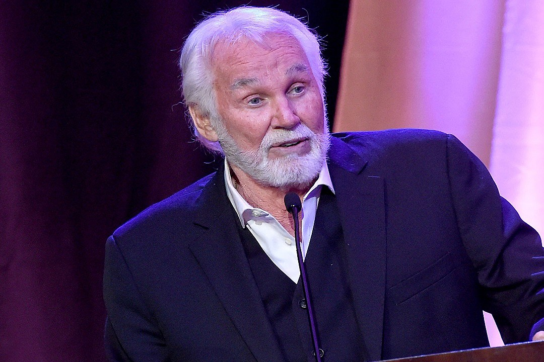 kenny-rogers-hospitalized-in-georgia-due-to-dehydration