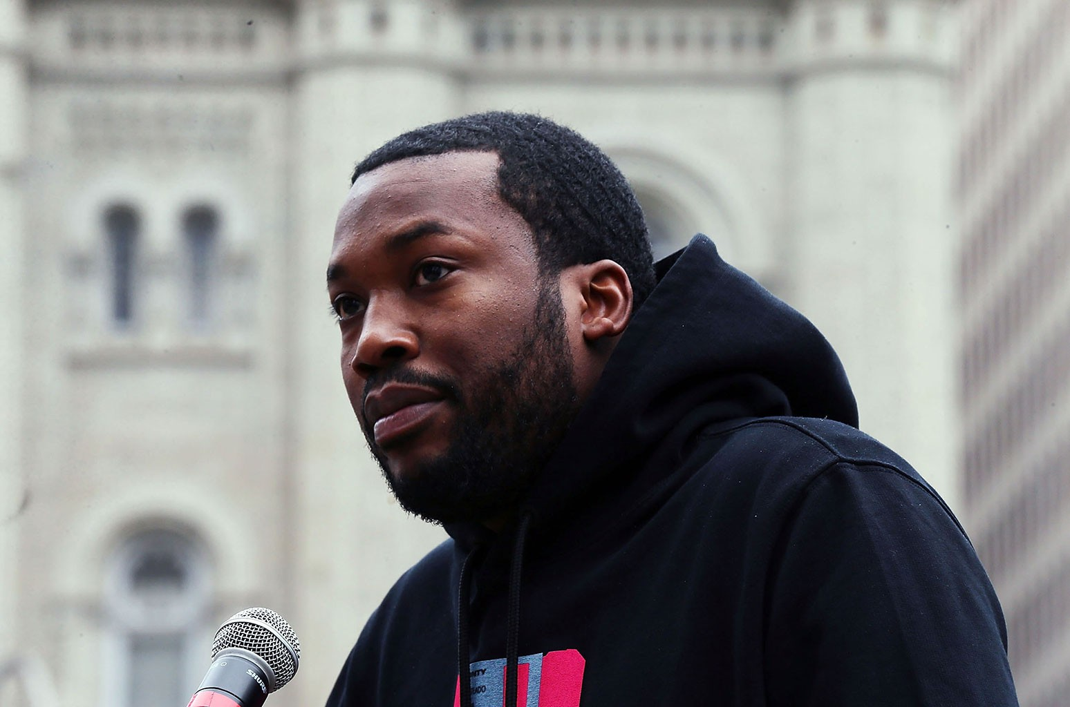 meek-mill-announces-he-is-suing-the-cosmopolitan-hotel