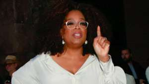 Oprah Winfrey Fires Back At Hater Who Shaded Her For Being Stingy!
