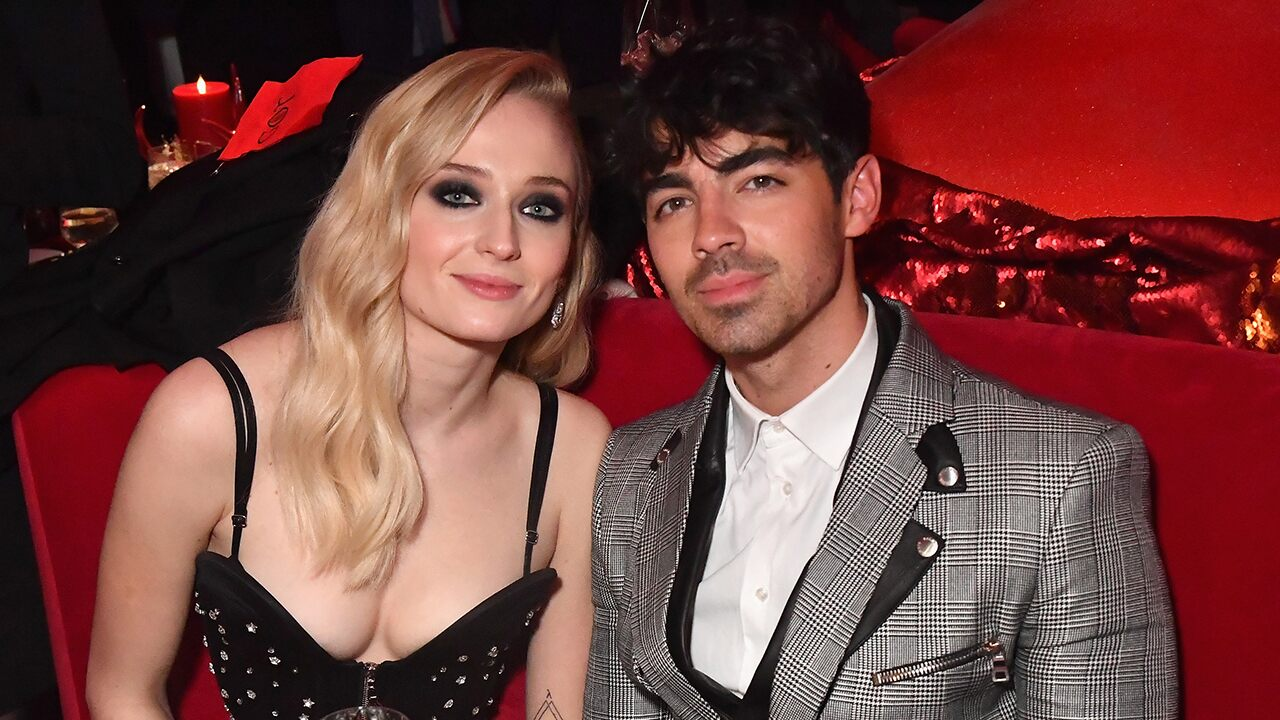 joe-jonas-and-sophie-turner-tie-the-knot-and-diplo-films-it-during-spontaneous-las-vegas-ceremony-see-the-vid
