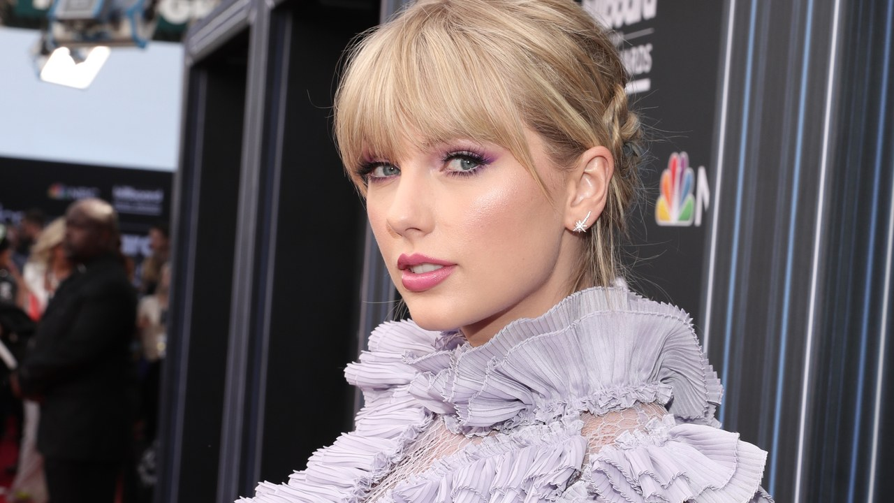 taylor-swift-hopes-to-receive-an-oscar-for-her-role-in-the-cats-film-adaptation