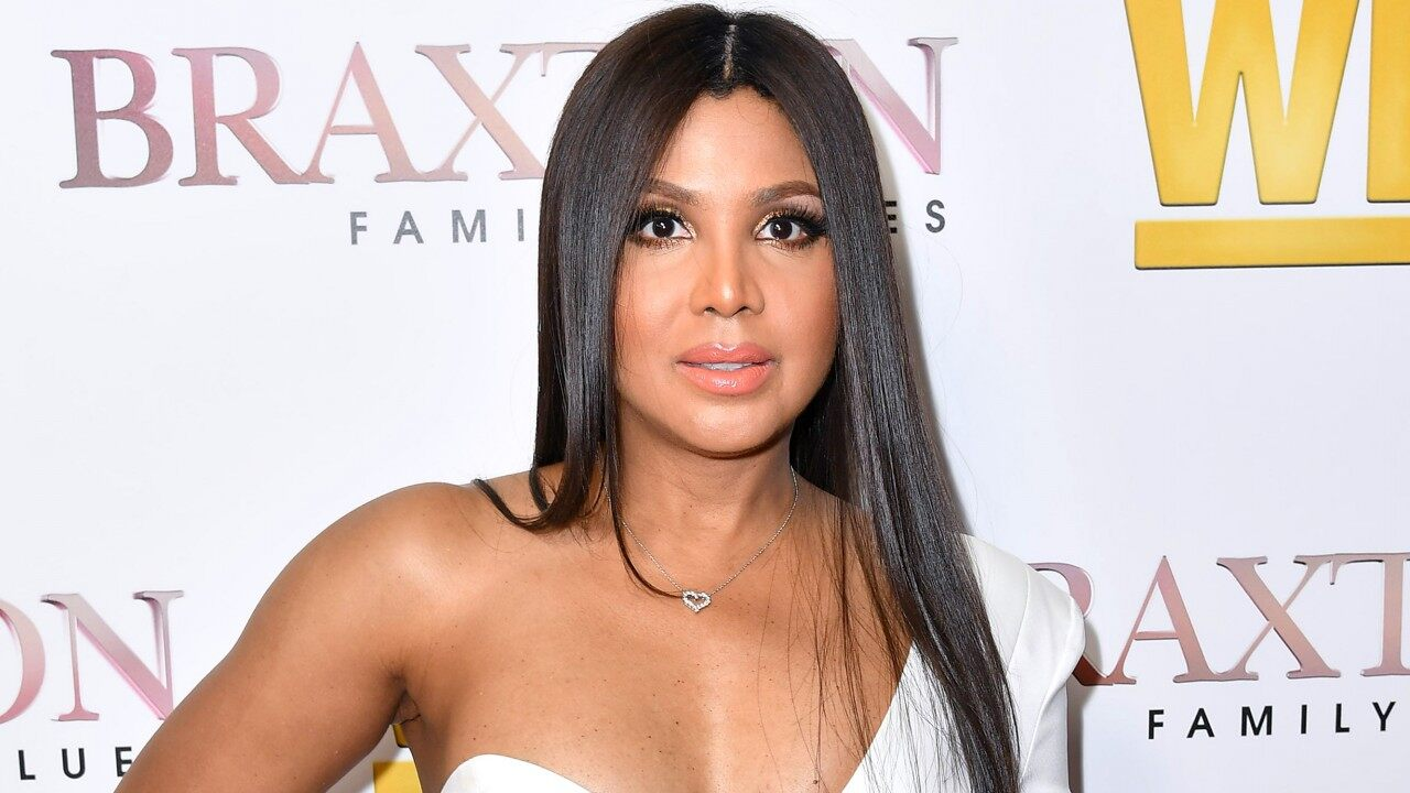 toni-braxton-pays-heartbreaking-tribute-to-her-late-niece-lauren
