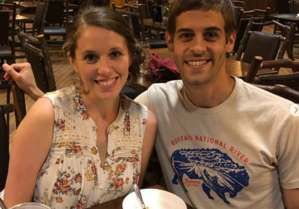 Jill Duggar Continues To Shock Counting On Fans With Another Racy Instagram Post With Derick Dillard