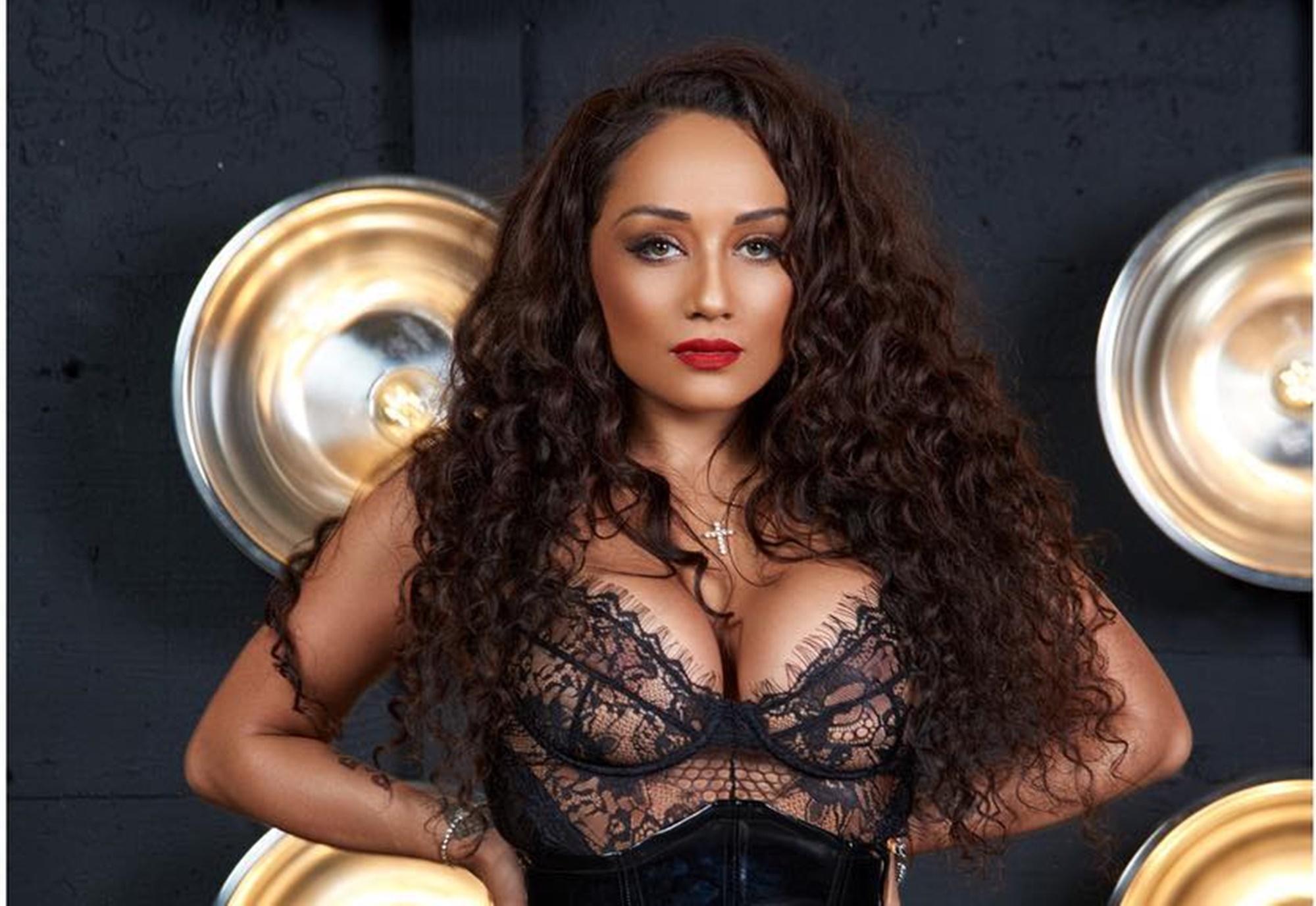 Nia Guzman Gives Birth Chris Brown Baby Mama