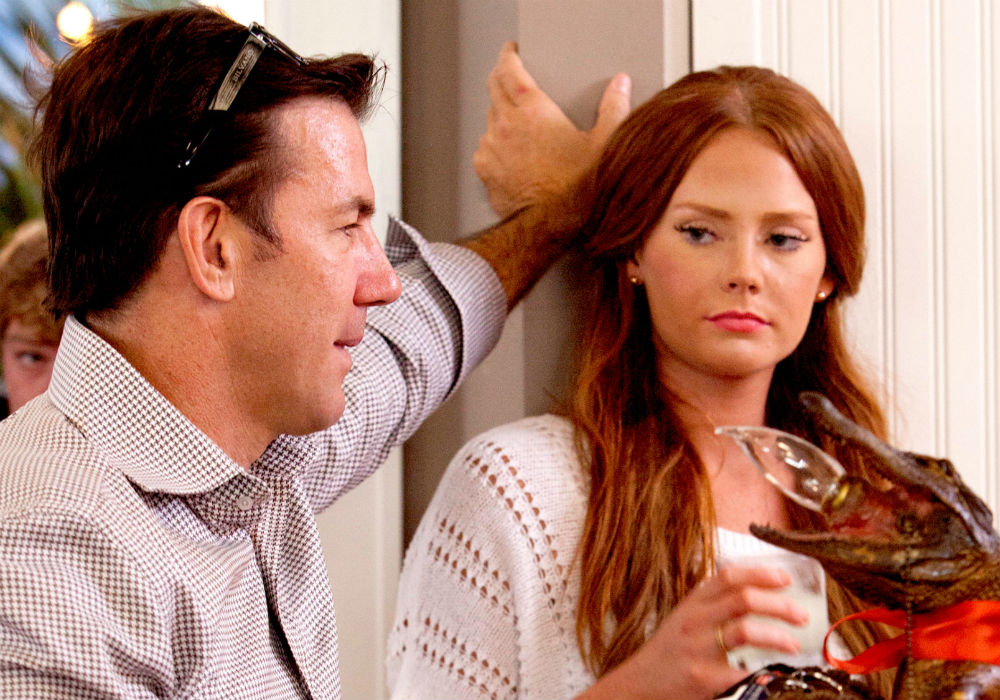 Southern Charm Star Kathryn Dennis Blasted By The Judge In Her Custody Case, Now She Has To Pay Thomas Ravenel!