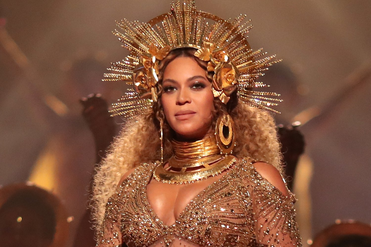 beyonces-fans-are-praising-her-latest-look-saying-that-its-the-best-in-years