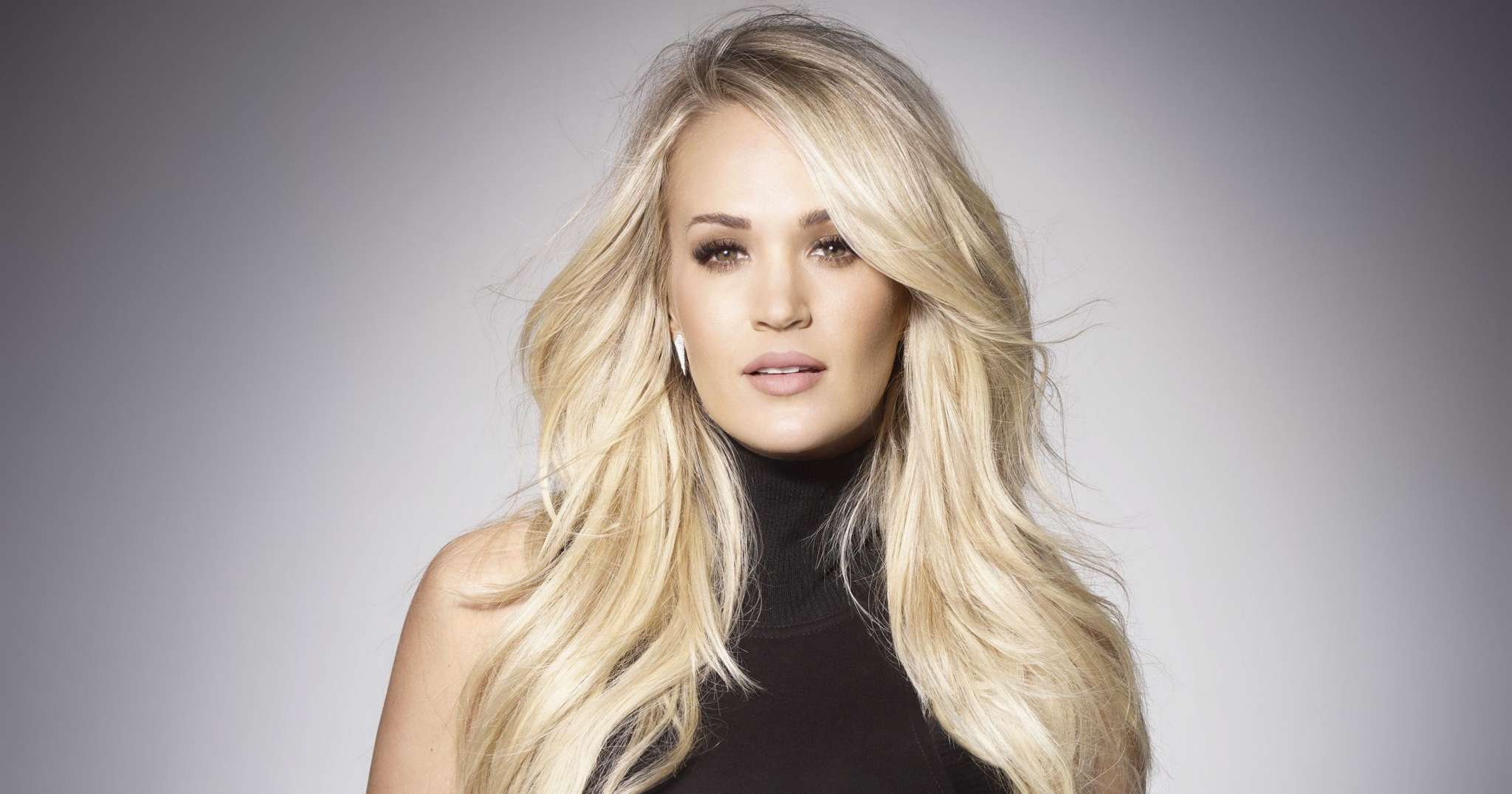 """carrie-underwood-says-she-kind-of-gave-up-on-her-faith-after-suffering-multiple-miscarriages"""