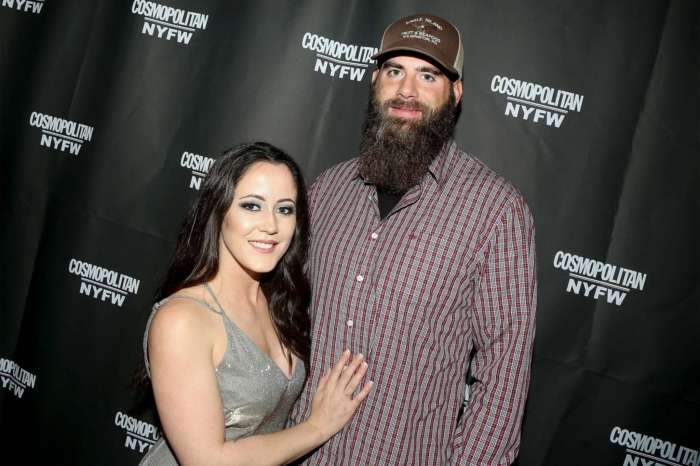 Jenelle Evans Slams Fans For Mocking David Eason's 'Black Eye' And Saying He Must've 'Caught Hands'