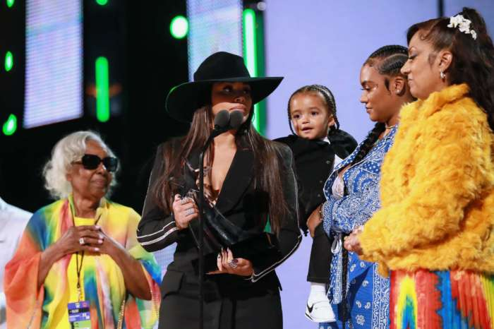 Lauren London Is Beyond Emotional While Accepting Nipsey Hussle's Humanitarian Award At The 2019 BET Awards - See The Clip