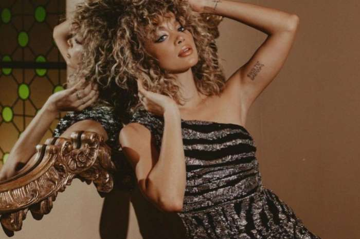 Jasmine Sanders 'Golden Barbie' Wears Barely There Bathing Suit And Goes Viral
