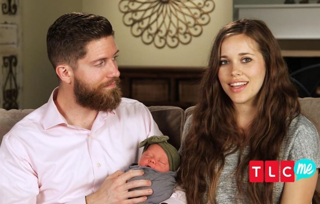 jessa-duggar-seewald-of-counting-on-shares-new-photos-of-baby-ivy-looking-adorable-in-red