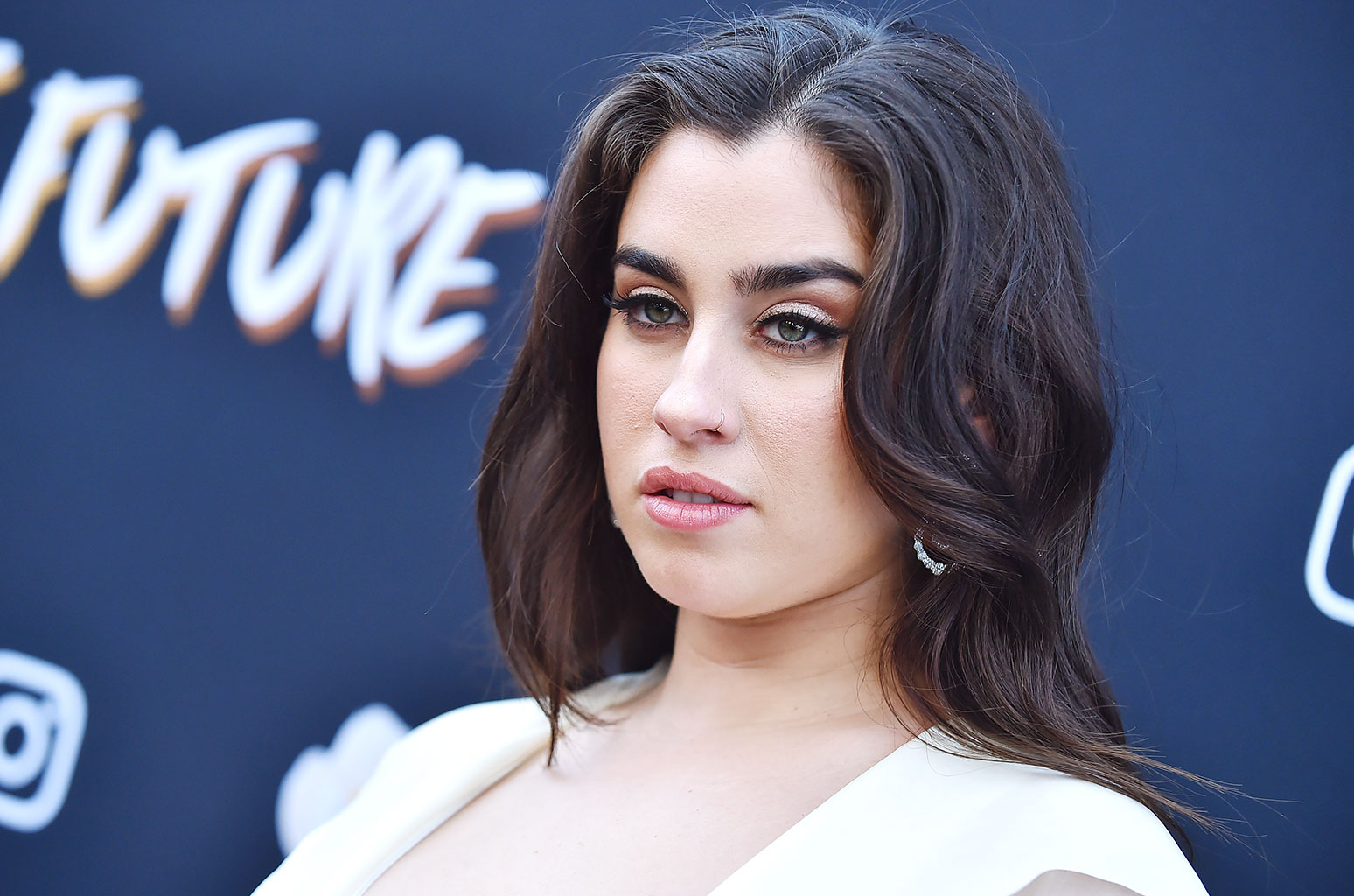 lauren-jauregui-reveals-how-she-deals-with-social-media-bullies