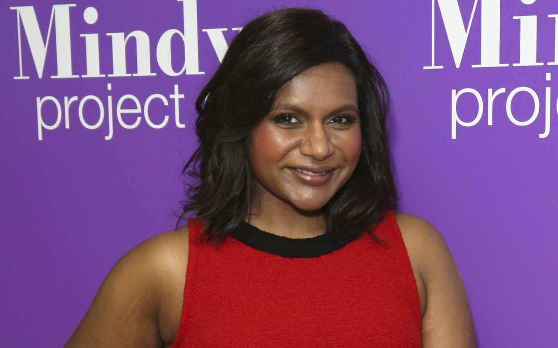 mindy-kaling-on-her-the-office-character-she-was-way-more-naive-than-i-ever-was