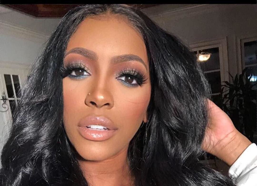 porsha-williams-looks-better-than-ever-in-a-silver-tight-dress-during-ultimate-womens-expo-see-the-videos-and-pics-dennis-mckinleys-heart-is-probably-skipping-a-beat
