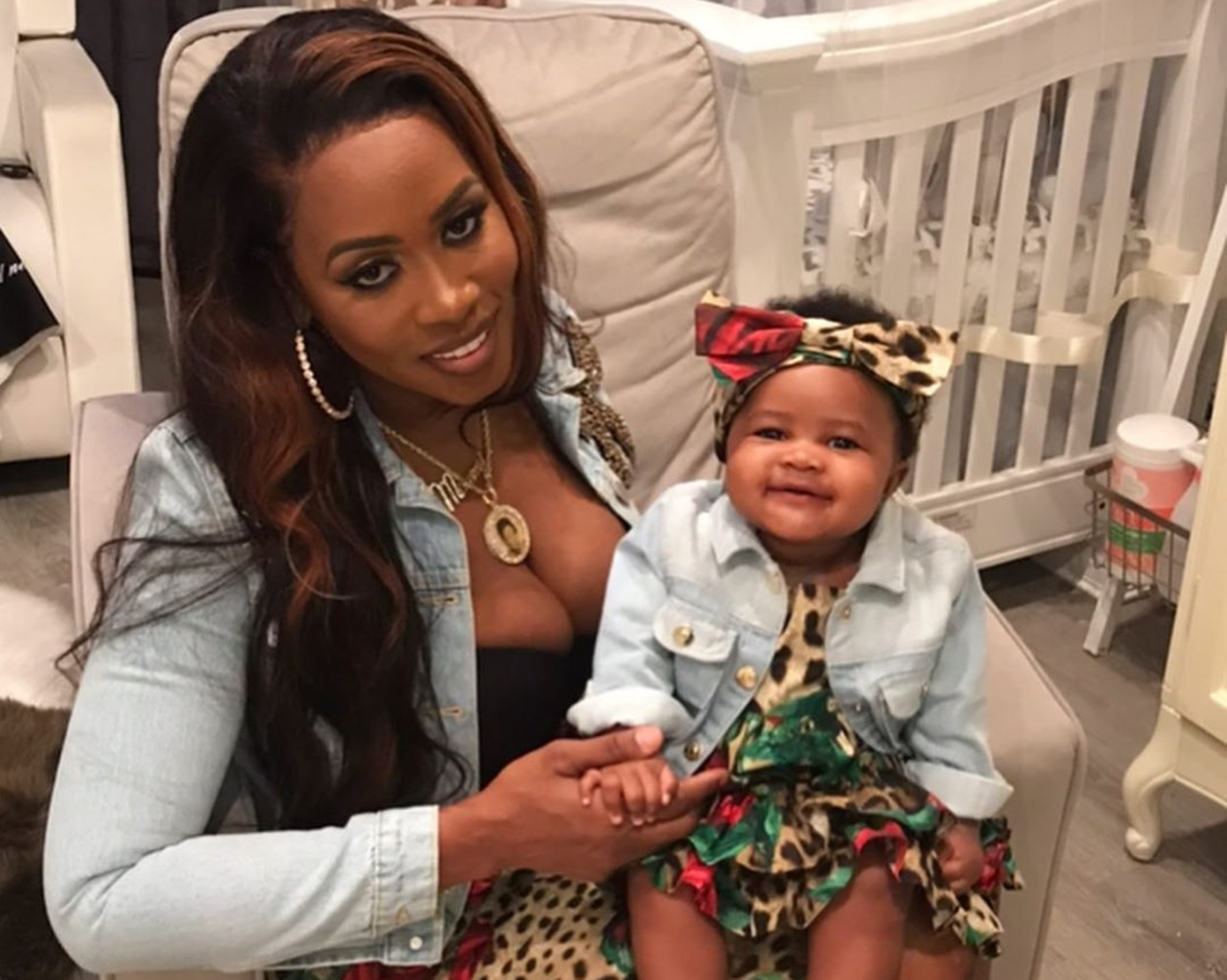 Remy Ma Shows Off Her Gorgeous Baby Mackie While She's Washing Her Hair And Tamar Braxton Might Get Baby Fever Watching The Pics