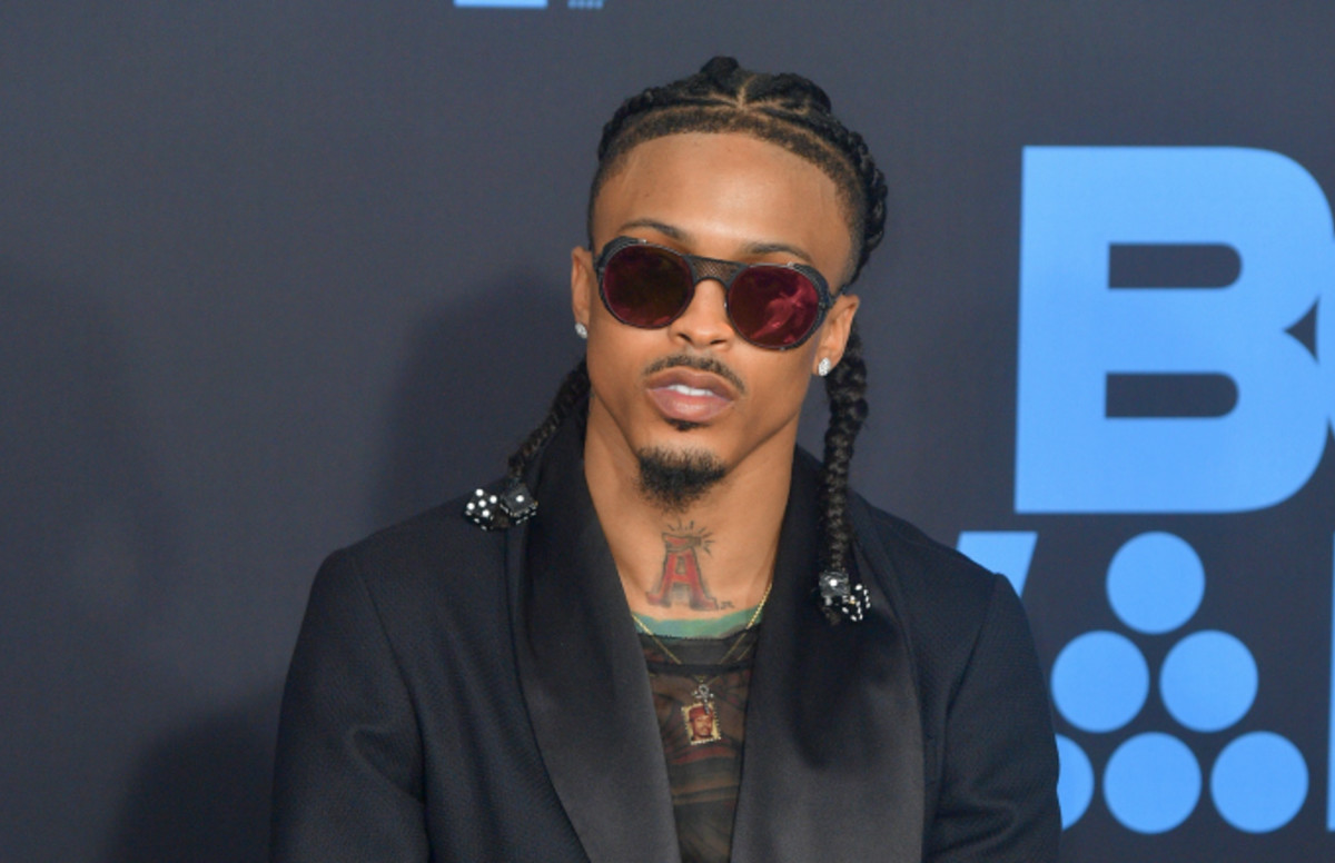 """august-alsina-temporarily-loses-his-mobility-singer-cant-walk-due-to-severe-autoimmune-disease-episode"""