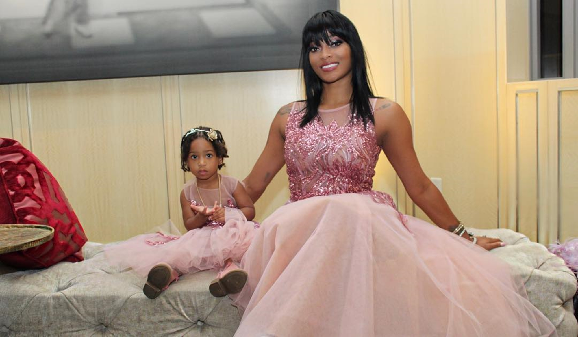 """stevie-j-posts-adorable-picture-of-his-daughters-bonnie-bella-and-eva-joseline-hernandez-is-quick-to-respond"""