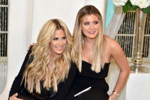 Kim Zolciak And Daughter Brielle Biermann Get The 'Police Involved' And Slam Delta Airlines After The Whole Family Gets Kicked Off Flight!