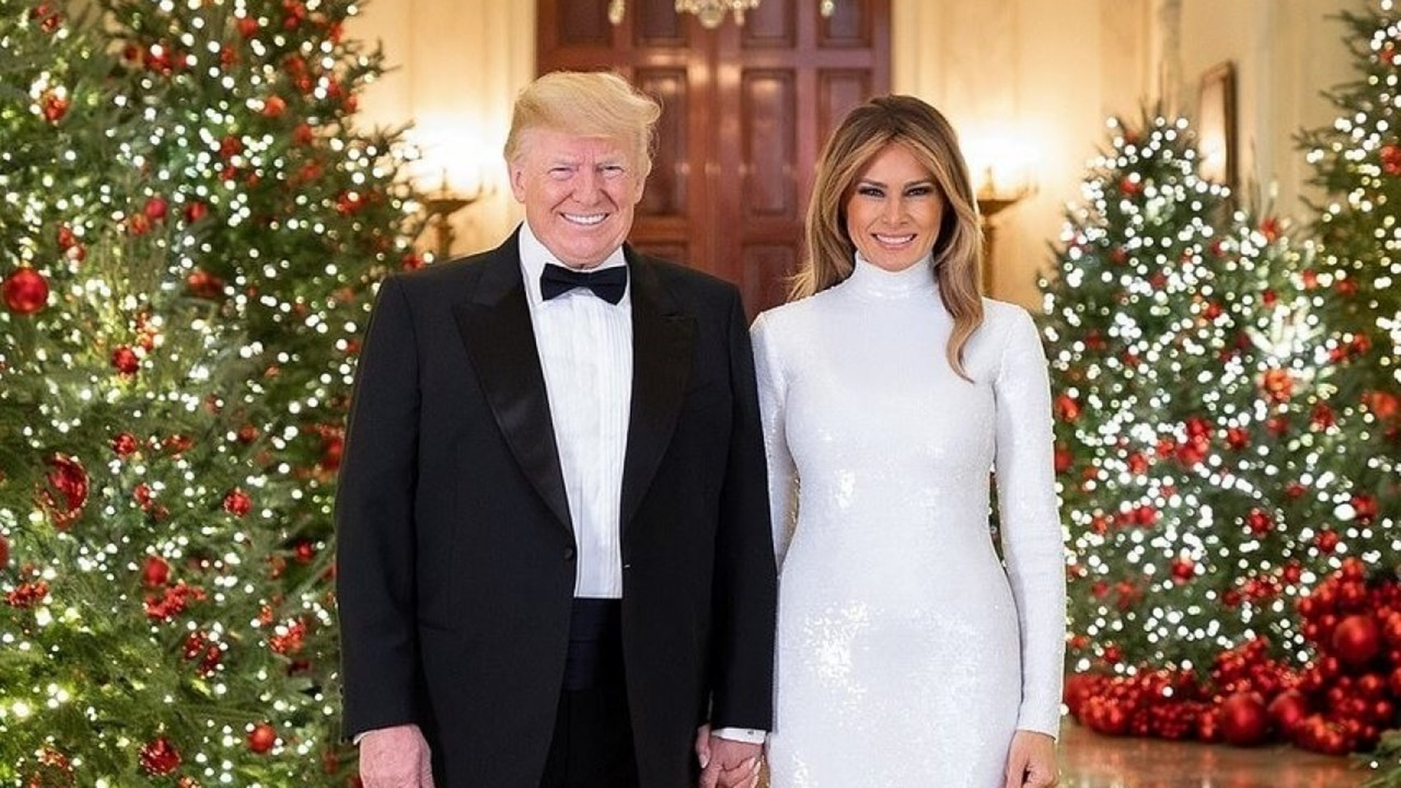 Melania Christmas Decorations.Melania Trump Is Dragged For Posting Gorgeous Christmas